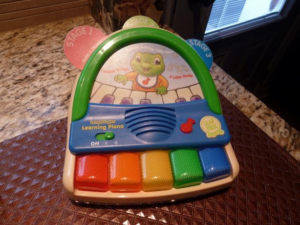 Amazon.com: LeapFrog Poppin' Play Piano: Toys & Games