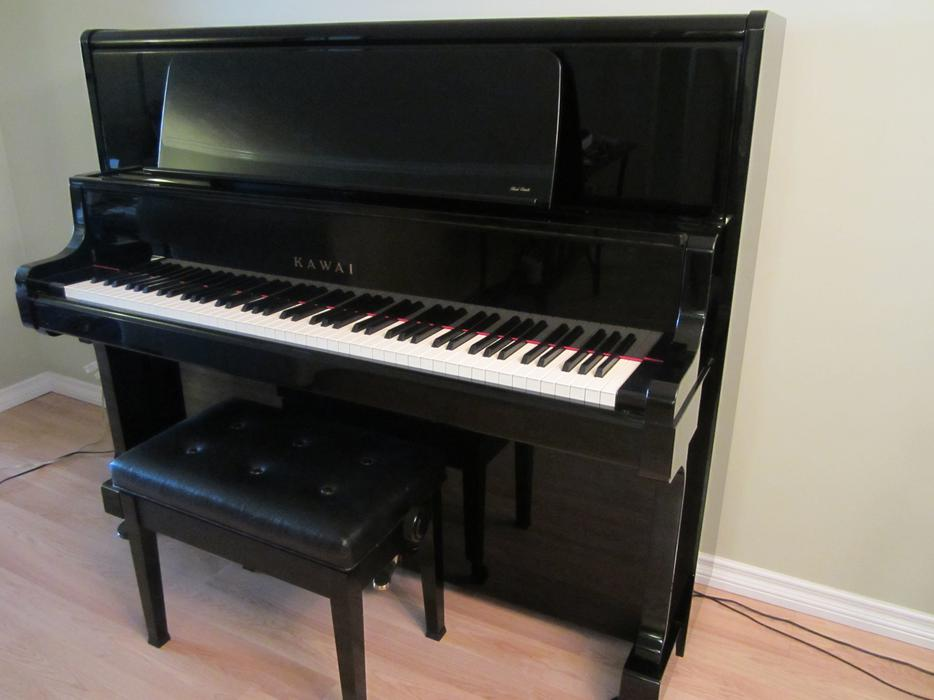Kawai apartment sized piano outside metro vancouver vancouver for Smallest piano size