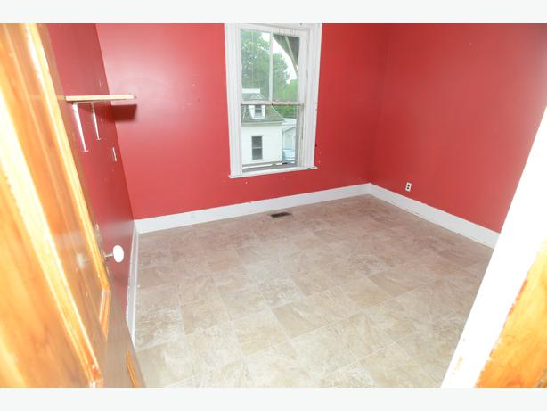 Large Quiet Two Bedroom Downtown Charlottetown Pei