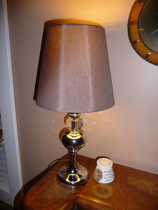 chrome/imitation glass table lamp Central Nanaimo, Nanaimo