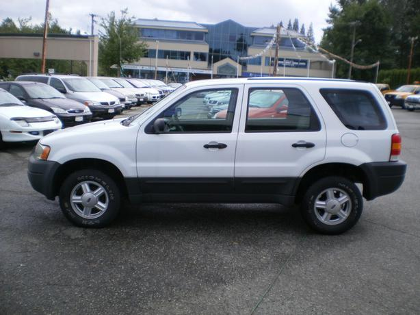 2003 ford escape xls v6 auto 4x4 surrey incl white rock. Black Bedroom Furniture Sets. Home Design Ideas