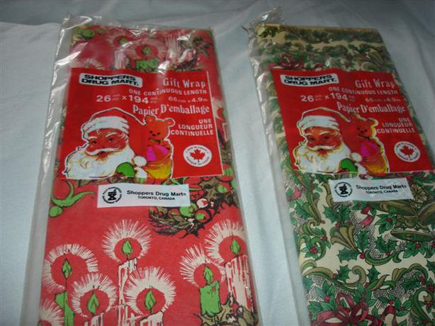 2 Packs VINTAGE Holiday Festive GIFT WRAP, New, Unopened !!!