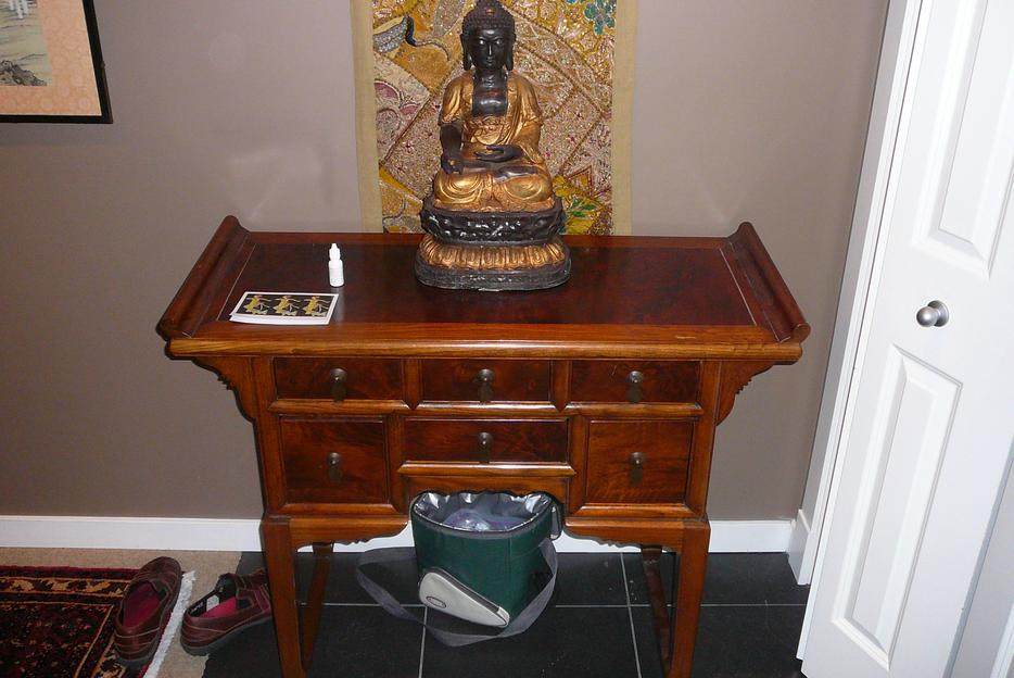 Asian antique furniture and artifacts for sale victoria for Oriental furniture montreal