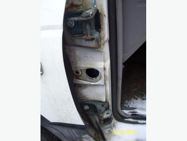 Ford Ranger Mazda B2300 B2200 door hinges