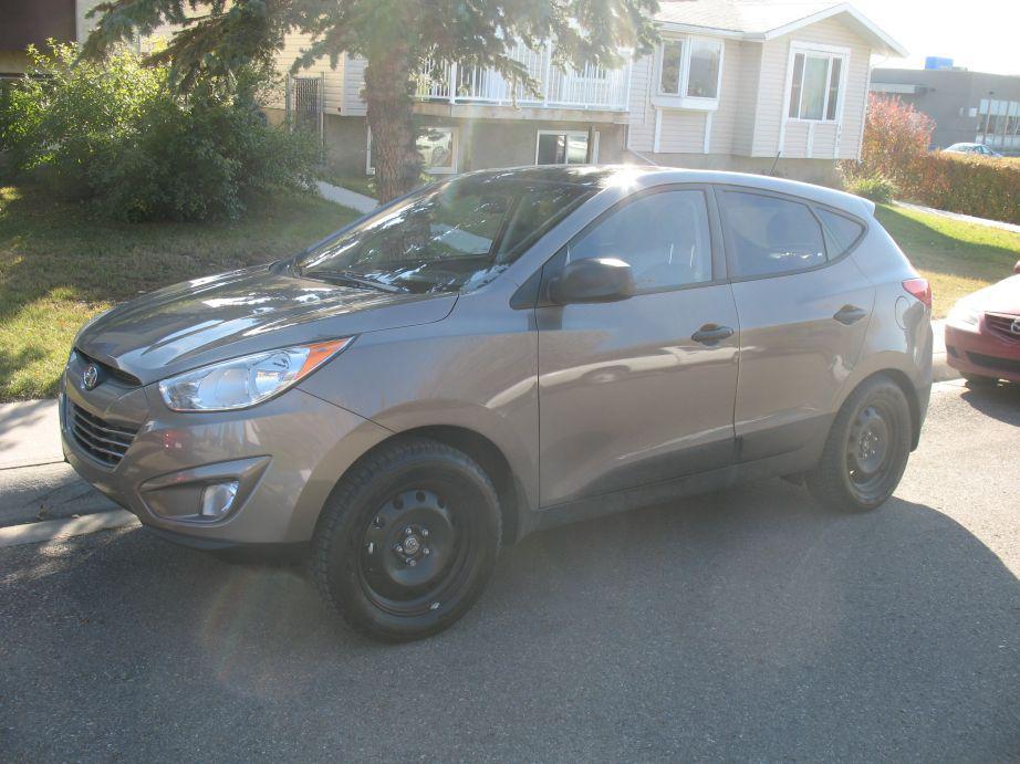 2013 Hyundai Tucson Gl Premium Suv Low Km S Airdrie