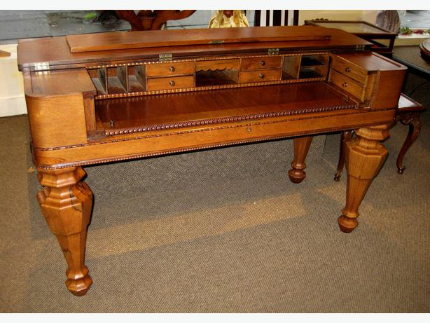STUNNING ANTIQUE ROSEWOOD SPINET DESK AT CHARMAINE'S - STUNNING ANTIQUE ROSEWOOD SPINET DESK AT CHARMAINE'S Victoria