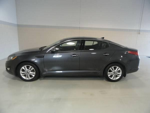 Kia Thunder Bay >> 2012 KIA OPTIMA EX WITH PANORAMIC SUNROOF AND LEATHER Outside Victoria, Victoria
