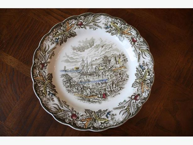 """Heritage"" Early Canada Dinner Plate 1842, STAFFORDSHIRE RIDGWAY"