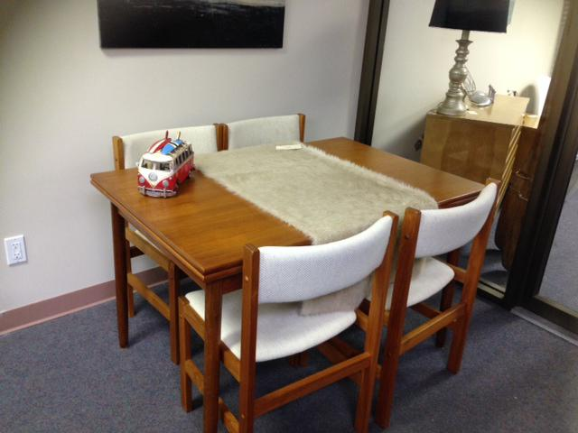 Mid Century Teak Dining Table Extendable Great Shape  : 43944446934 from www.usedvictoria.com size 640 x 480 jpeg 35kB