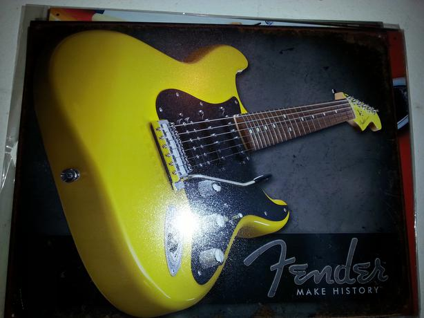 FENDER REPRODUCTION TIN SIGNS