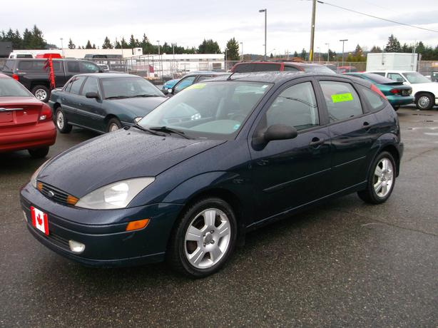 2003 Ford Focus Zx5 Hatchback Loaded With Low Km And
