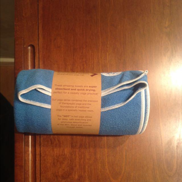 nwt moksha yoga towel victoria city victoria. Black Bedroom Furniture Sets. Home Design Ideas