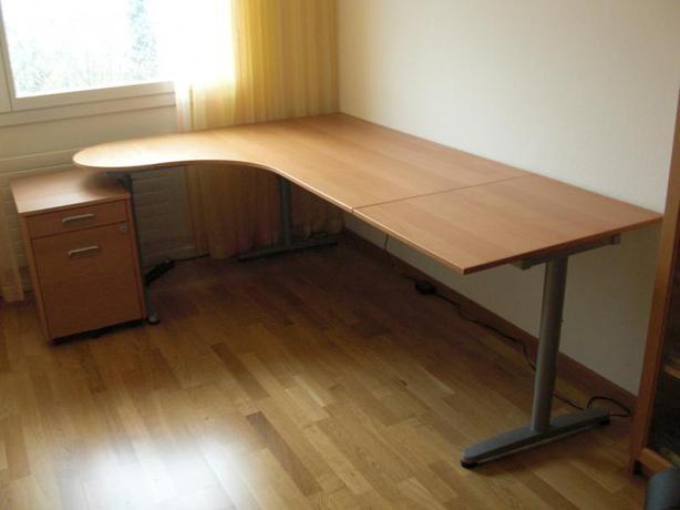 Ikea Unterschrank Einbauherd ~ IKEA Galant Desk Victoria City, Victoria