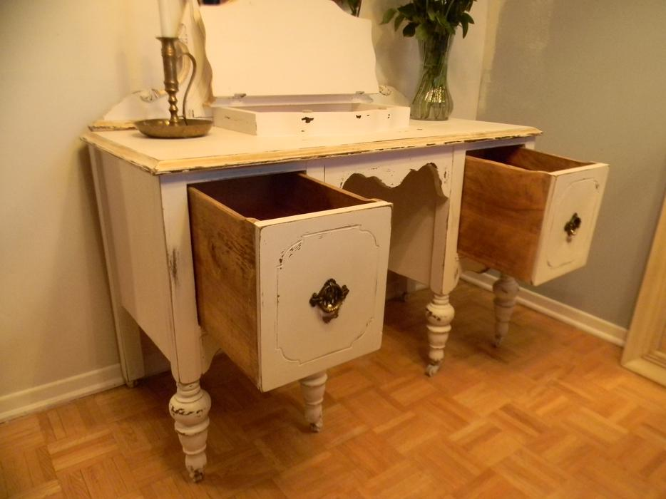 Shabby Chic Vanity And Stool Set Central Ottawa Inside
