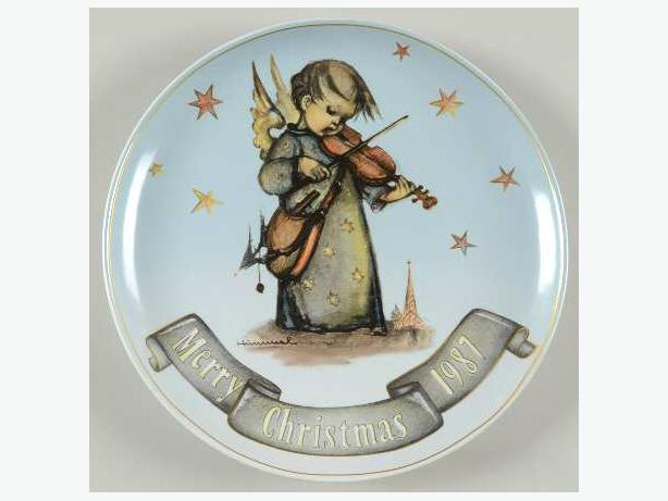 Hummel Christmas Plate 1987 Celestial Musician