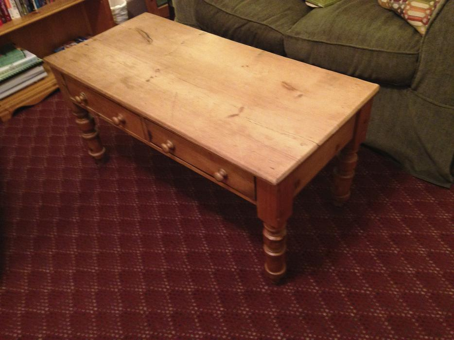 Solid Pine Antique Coffee Table Victoria City Victoria