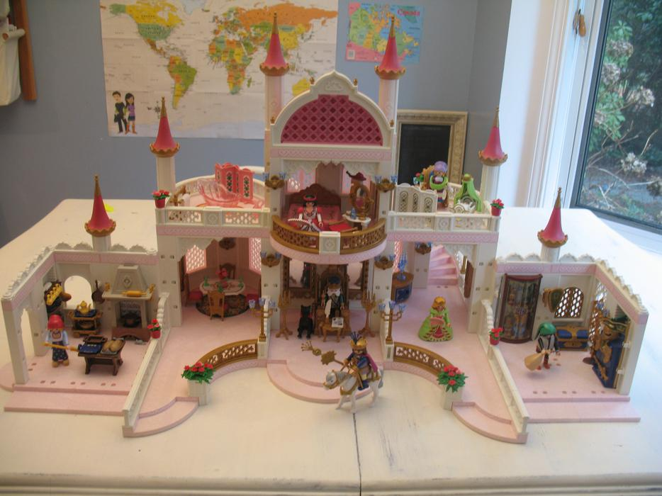 playmobil magic castle 200 obo with 6 additional sets. Black Bedroom Furniture Sets. Home Design Ideas