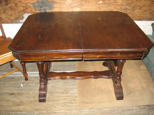 Antique trestle table dining room table mahogany esquimalt for Dining room tables victoria bc