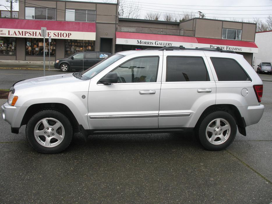 2005 jeep grand cherokee limited trail rated edition outside comox valley comox valley. Black Bedroom Furniture Sets. Home Design Ideas