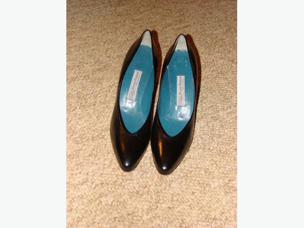 New Evan Picone Leather Pumps Ladies Size 10.5 slim