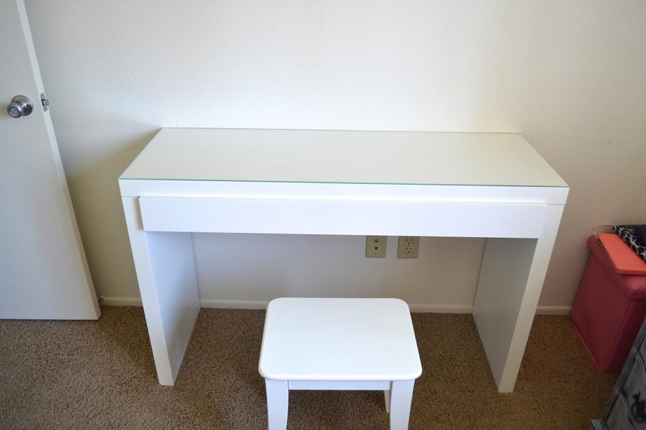 Ikea Gardinen Kürzen Ohne Nähen ~ White IKEA MALM Dressing Table Desk Central Ottawa (inside greenbelt