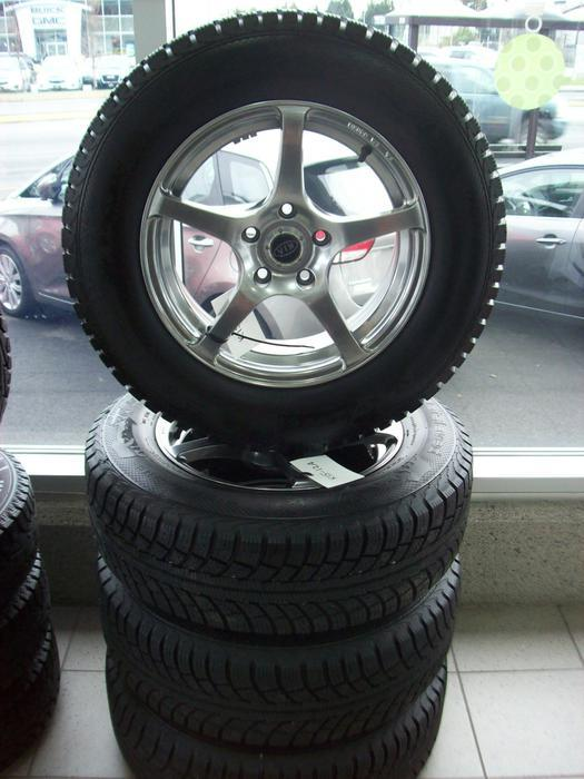 winter tires 215 70r16 used wheel and tire package off of 2013 kia sportage central nanaimo. Black Bedroom Furniture Sets. Home Design Ideas