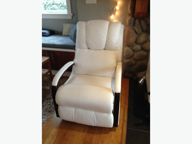 Lazy Boy Harbor Town White Leather Rocker Recliner Central