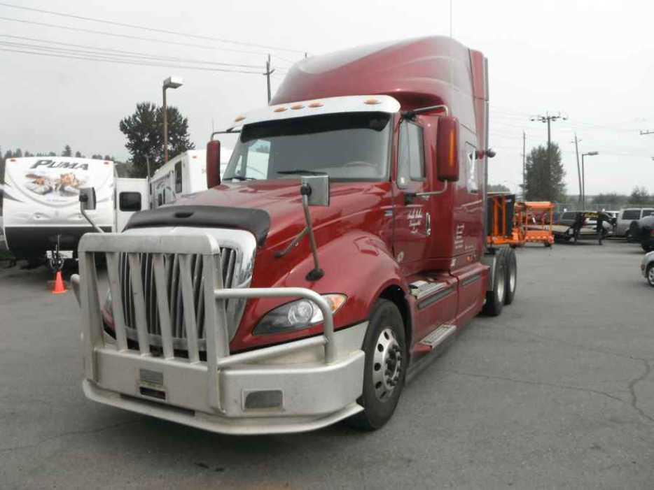 2012 International Prostar Plus Eagle Sleeper Highway Tractor Diesel Outside Comox Valley