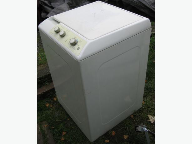 Automatic washer apartment size KENMORE Esquimalt & View Royal ...