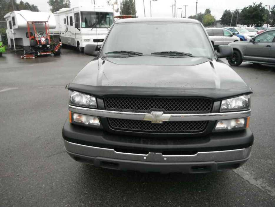2004 chevrolet silverado 1500 lt ext cab long bed 2wd outside comox valley comox valley mobile. Black Bedroom Furniture Sets. Home Design Ideas