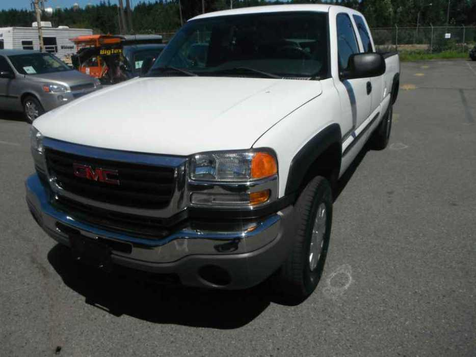 2005 gmc sierra 2500hd ext cab long bed 2wd outside comox valley campbell river mobile. Black Bedroom Furniture Sets. Home Design Ideas