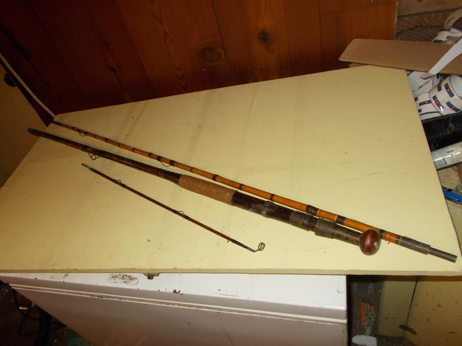 Very nice antique bamboo cane fly fishing rod esquimalt for Nice fishing rods