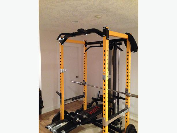 Squat Rack With Lat Pulldown Rowing Attachment Malahat