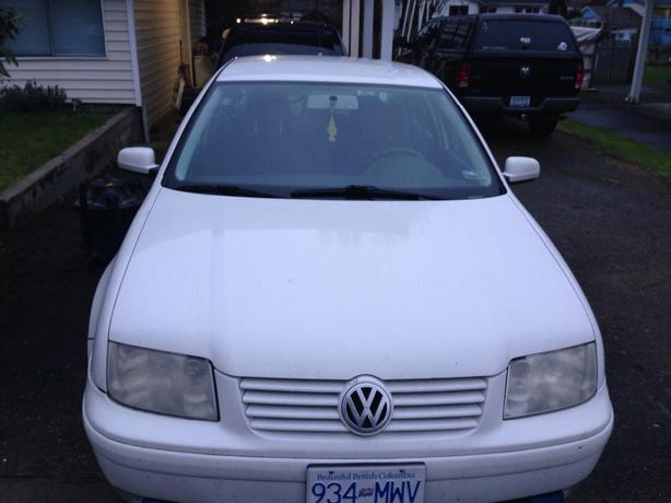 1999 vw jetta 2 0l gas price reduced to 2700 obo. Black Bedroom Furniture Sets. Home Design Ideas