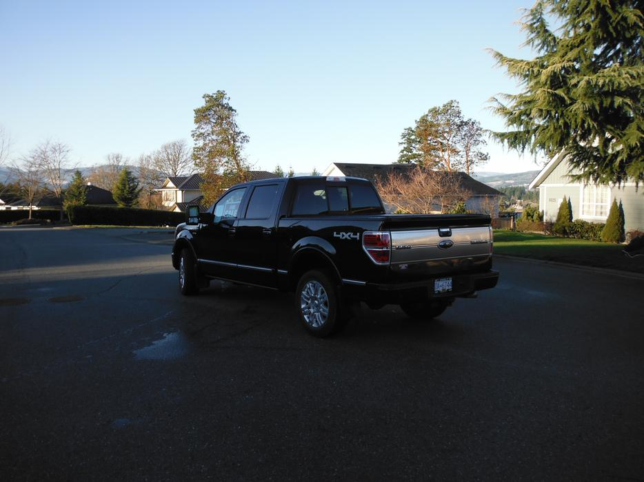 platinum edition ford f150 2011 low price must sell before my 2015 arrives outside nanaimo. Black Bedroom Furniture Sets. Home Design Ideas