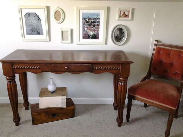 Foyer Table Ashley Furniture : Hall sofa table saanich victoria
