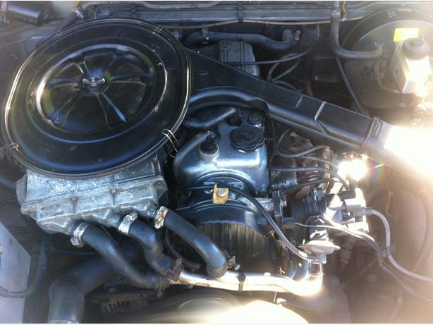 86 93 Mazda B2200 Motor Victoria City Victoria