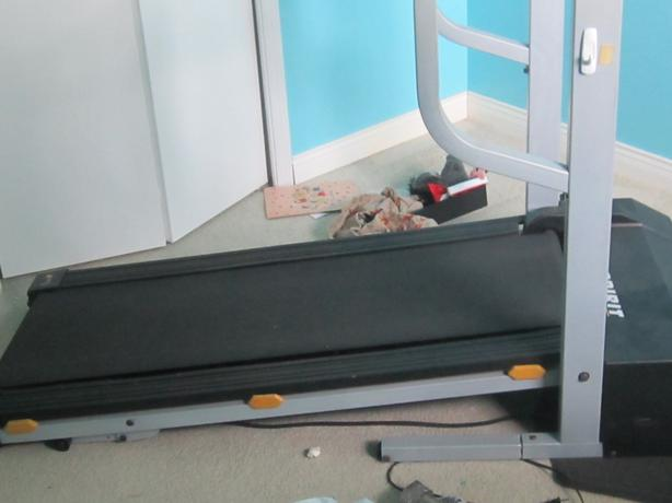tv treadmill screen epic