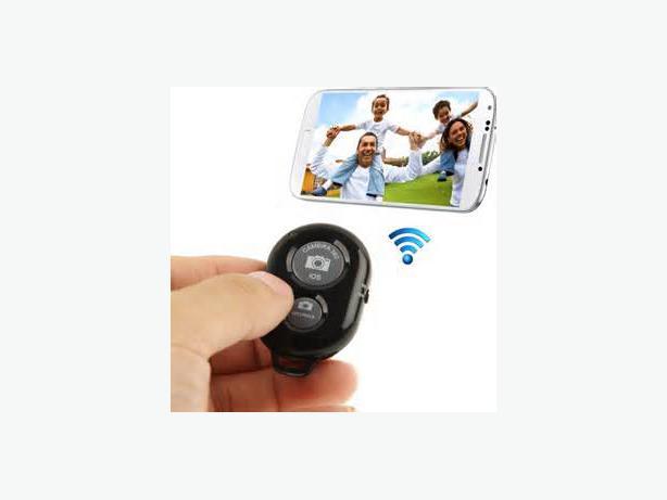 selfie stick remote for iphone 4 5 6 or samsung esquimalt view royal victoria mobile. Black Bedroom Furniture Sets. Home Design Ideas