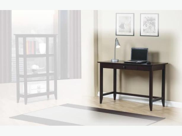New Quadra Desk