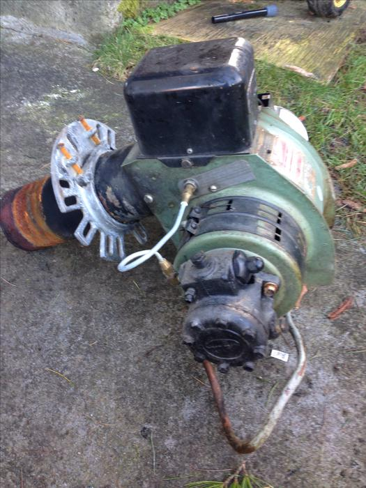 Oil furnace burner with pump and motor south nanaimo nanaimo for Used motor oil furnace