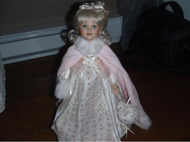 "The Ashton-Drake Galleries ""Genteel Rose"" Porcelain Collectable Doll"