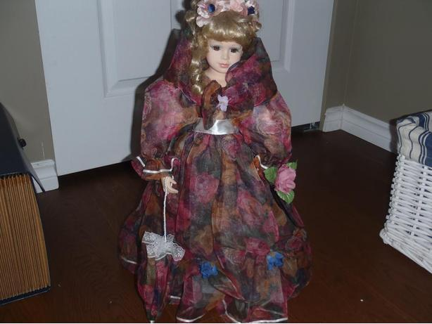 The Ashton-Drake Galleries Porcelain Collectable Doll