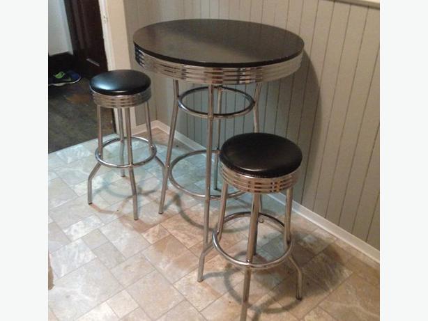 Retro 3 Piece Chrome Bar Table And Stools Victoria City