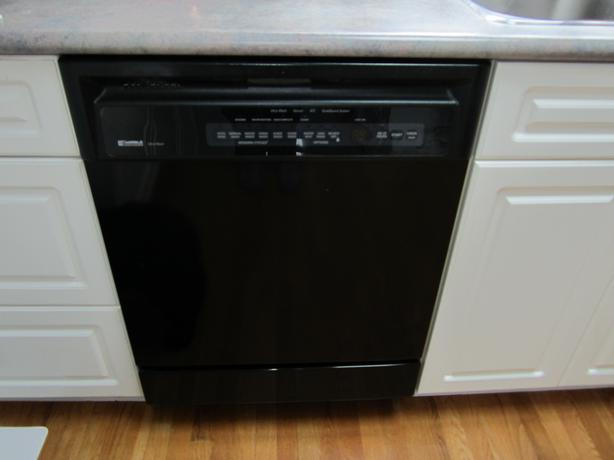 kenmore dishwasher black. kenmore black dishwasher