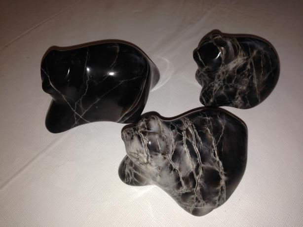 Soap stone bears carving north saanich sidney victoria