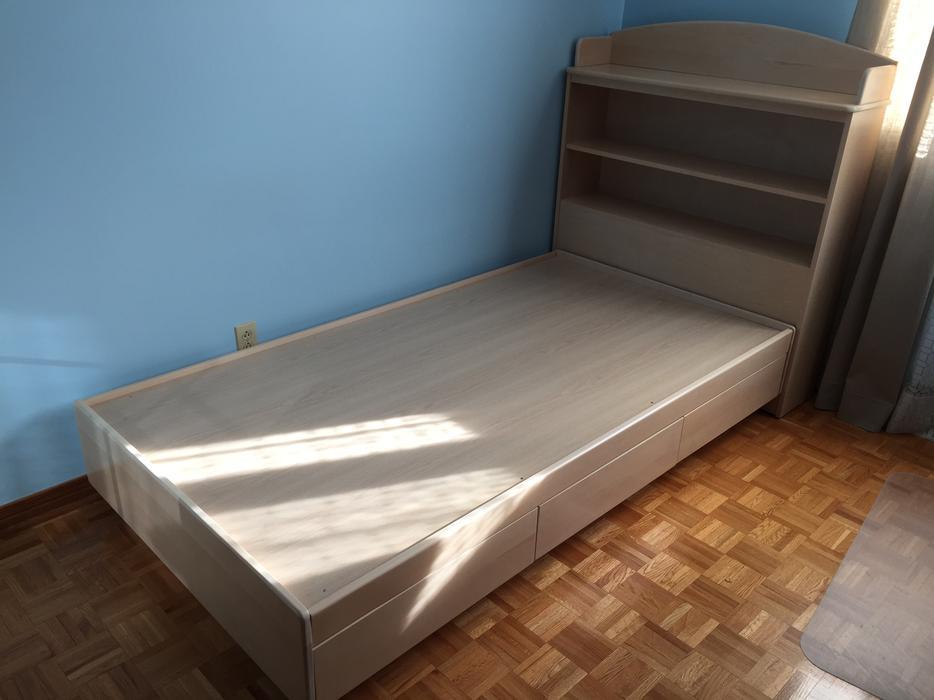 twin single bed w storage bookcase headboard montreal montreal