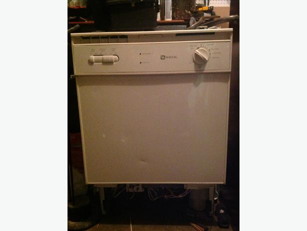 Table Top Dishwasher York : Maytag, white, works well, swapped for stainless. Open to offers :)