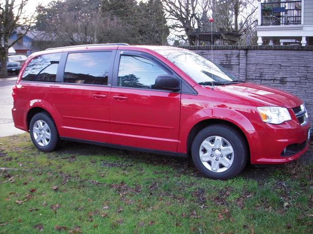 2013 dodge grand caravan sxt stow n go minivan van saanich victoria. Black Bedroom Furniture Sets. Home Design Ideas
