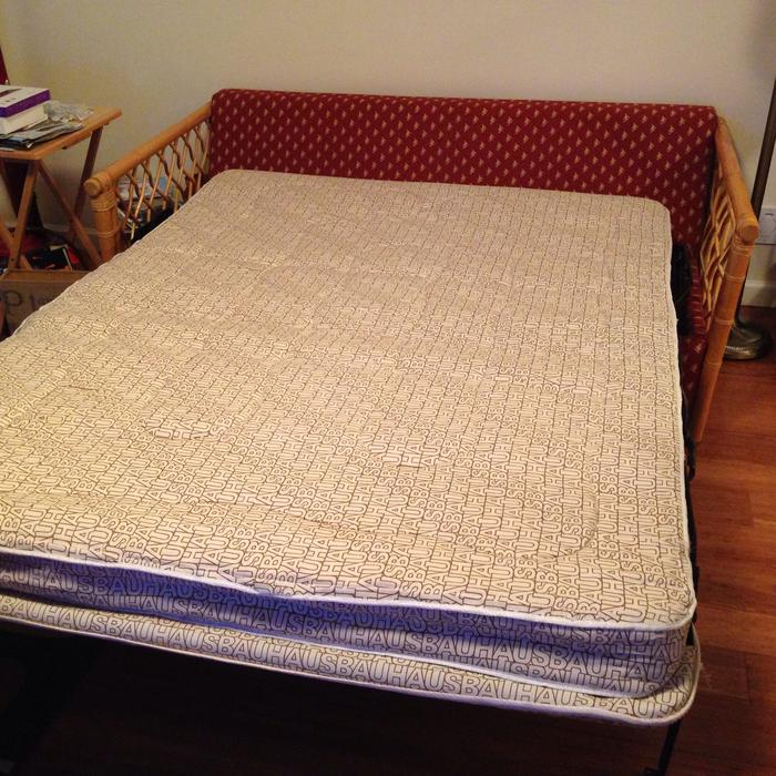 Unique loveseat sofa bed saanich victoria mobile for Sofa bed victoria bc